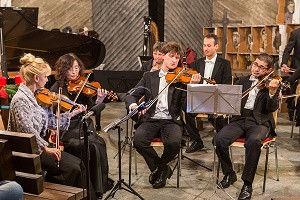 Leverkusen-violingroup-131208